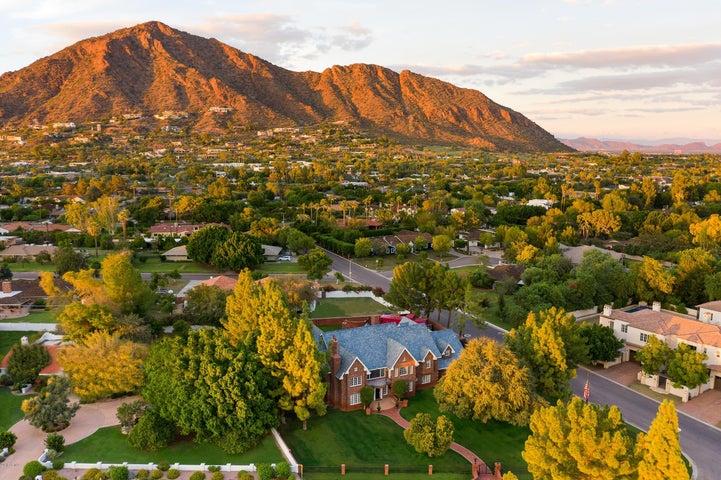 Photo of 5350 E EXETER Boulevard, Phoenix, AZ 85018