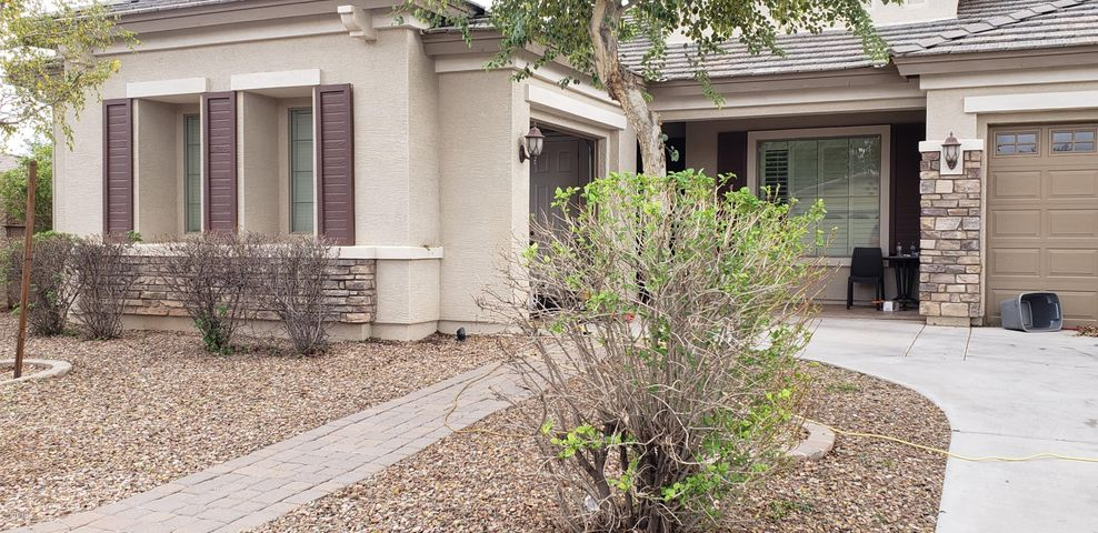 Photo of 13603 W CATALINA Drive, Avondale, AZ 85392