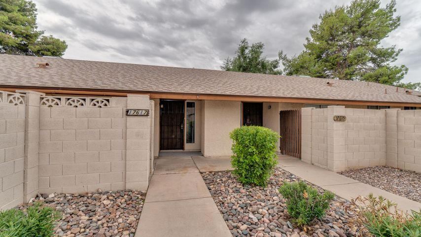Photo of 17617 N Lindner Drive, Glendale, AZ 85308