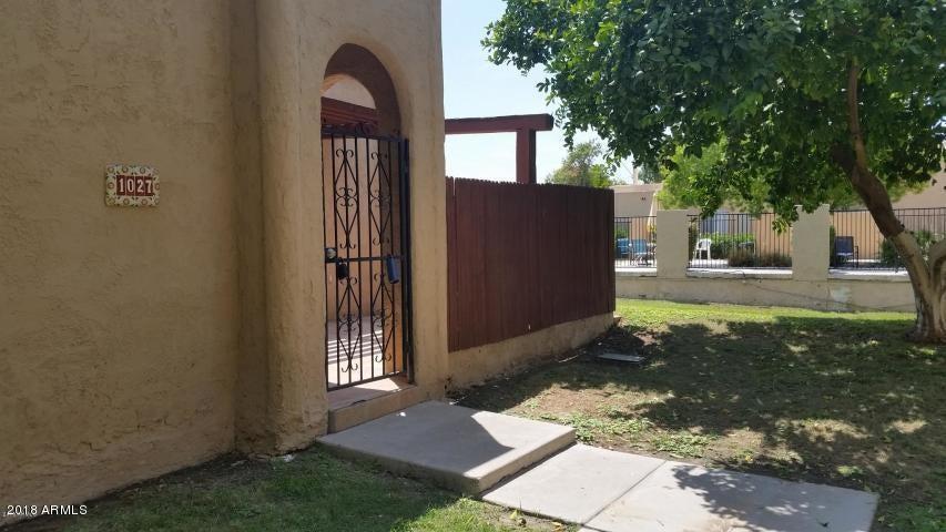 Photo of 1027 E NORTHERN Avenue, Phoenix, AZ 85020