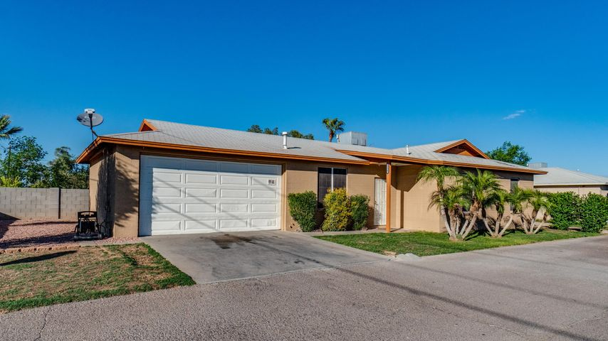 Photo of 12342 W VESTA VIEW Drive, Surprise, AZ 85374