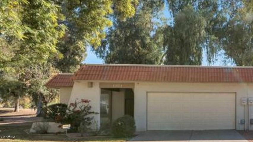 Photo of 11401 S TAWA Lane, Phoenix, AZ 85044