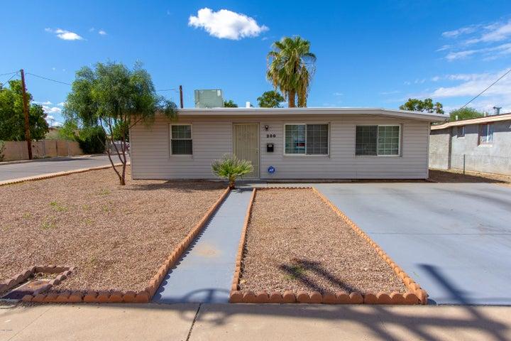 Photo of 200 N 5TH Street, Avondale, AZ 85323