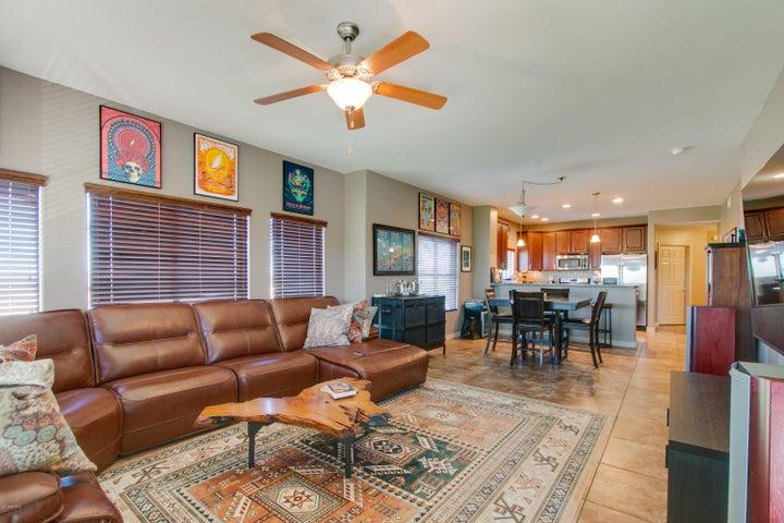 Photo of 5350 E DEER VALLEY Drive #3402, Phoenix, AZ 85054