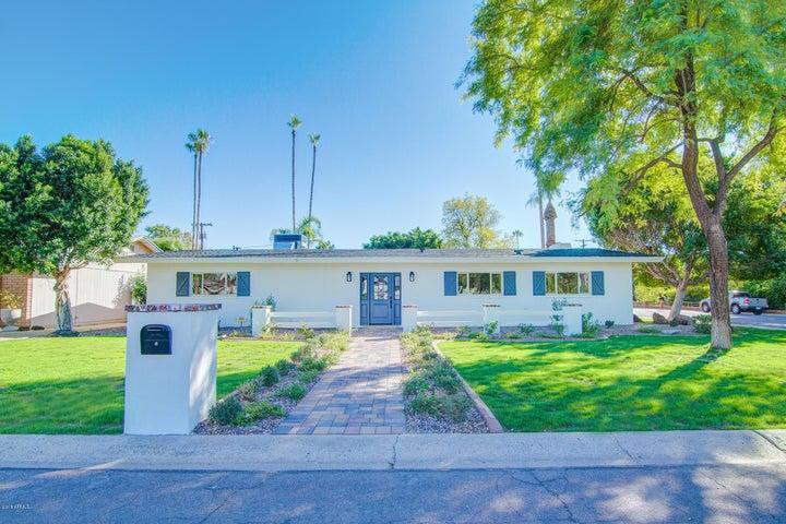 Photo of 243 W HARMONT Drive, Phoenix, AZ 85021