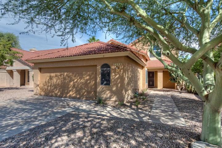 Photo of 14257 S CHOLLA CANYON Drive, Phoenix, AZ 85044