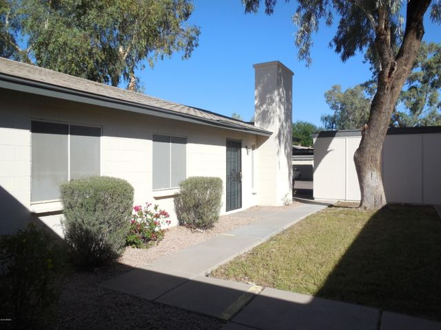 Photo of 3321 S PARKSIDE Drive, Tempe, AZ 85282