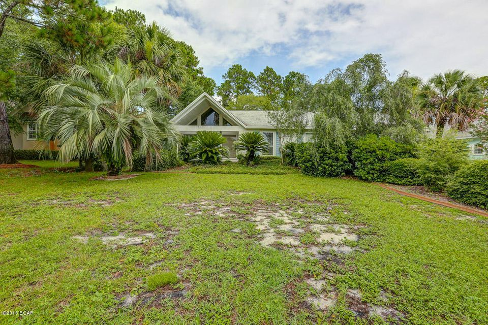 422 WAHOO Road, Panama City Beach, FL 32408