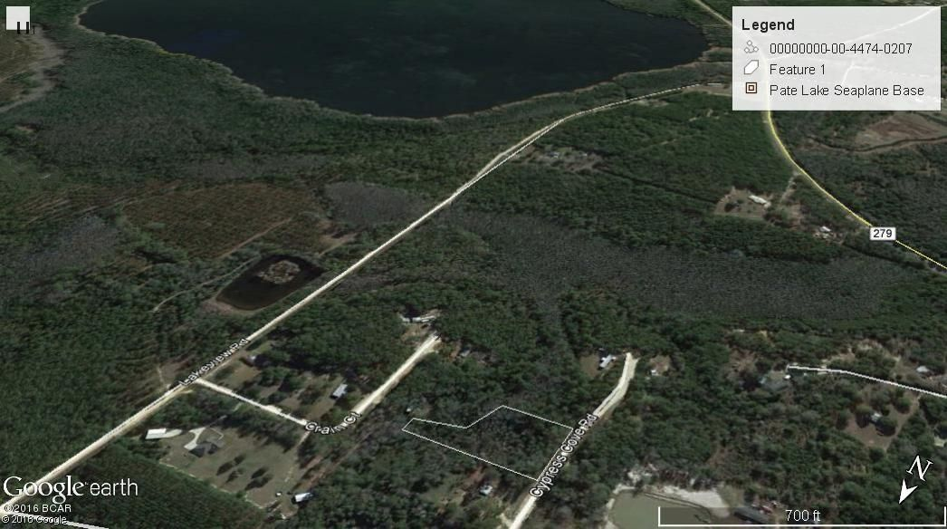 1787 CYPRESS COVE, Caryville, FL 32427