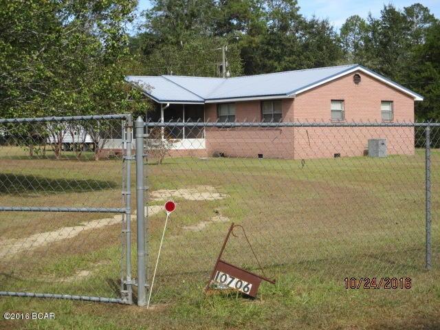 10706 NW STARDUST Lane, Clarksville, FL 32430