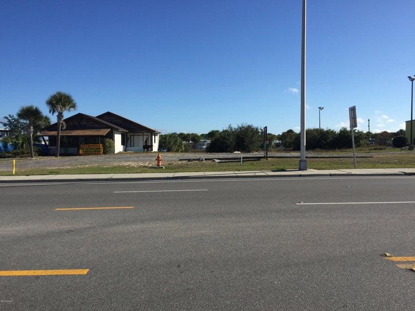 4031 THOMAS Drive, Panama City Beach, FL 32408