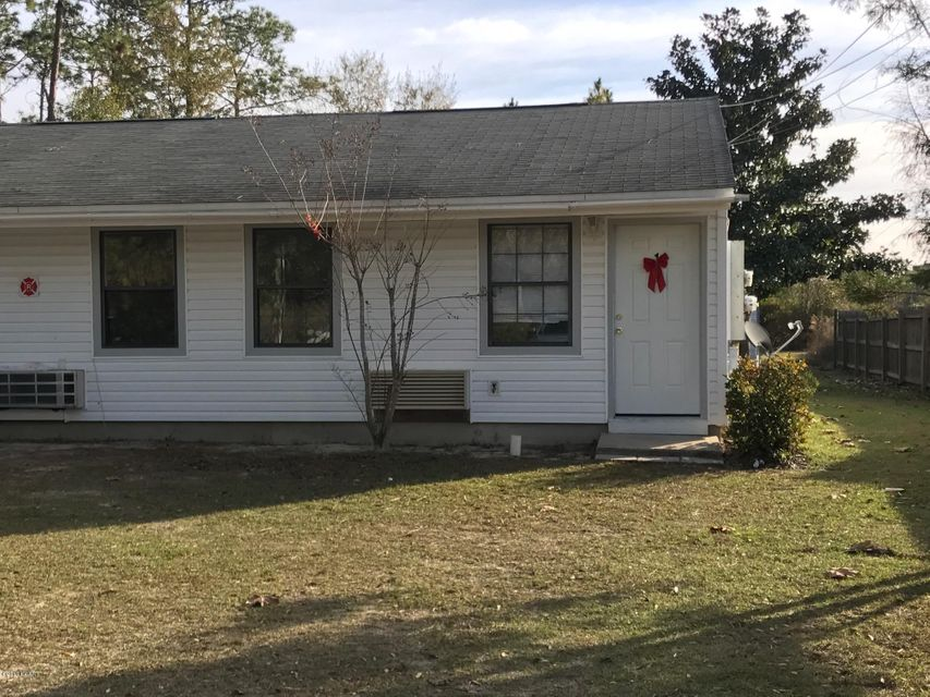 8202 EASTWOOD Avenue 1, Youngstown, FL 32466