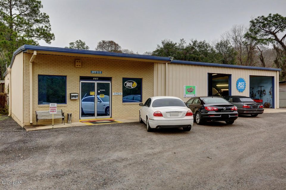 738 AIRPORT Road, Panama City, FL 32405