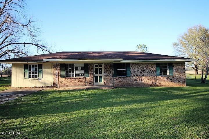 5028 FORT Road 69, Greenwood, FL 32443