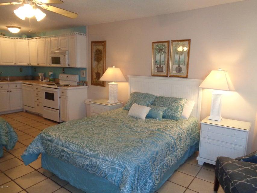 8817 THOMAS Drive A815, Panama City Beach, FL 32408