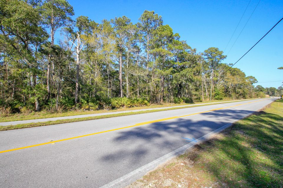 000 BAY LOOP, Freeport, FL 32439