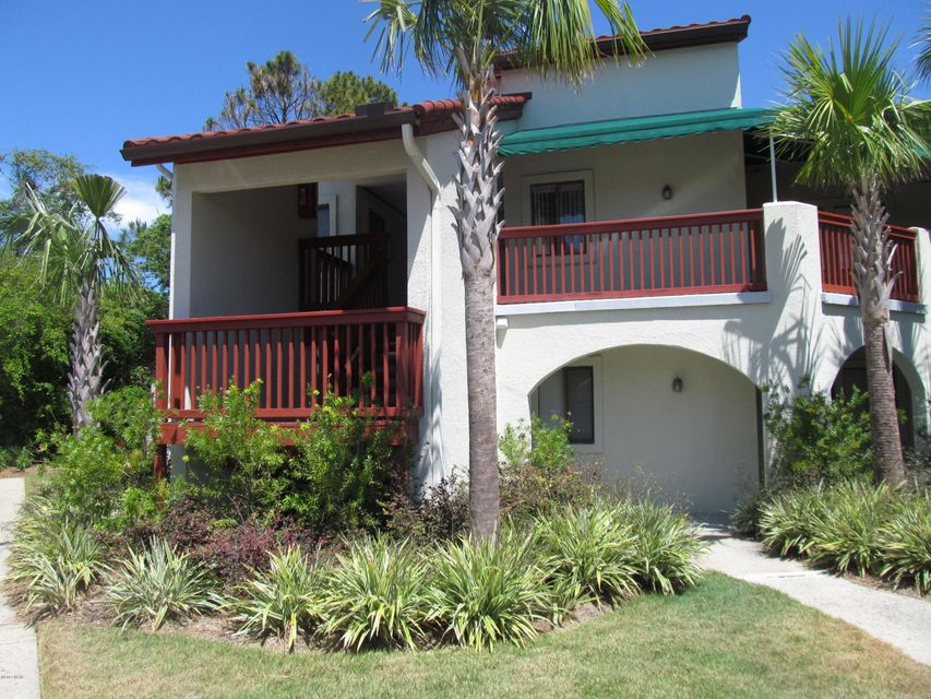 8730 THOMAS Drive 101, Panama City Beach, FL 32408