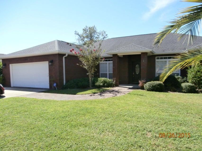 402 LANDINGS Drive, Lynn Haven, FL 32444