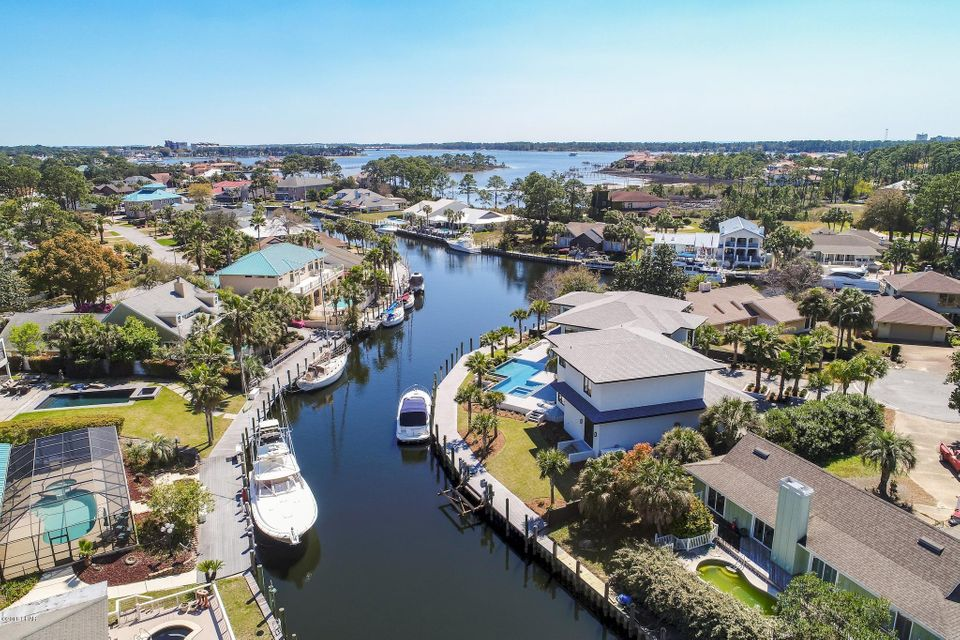 Photo of 210 MARLIN Circle, Panama City Beach, FL 32408