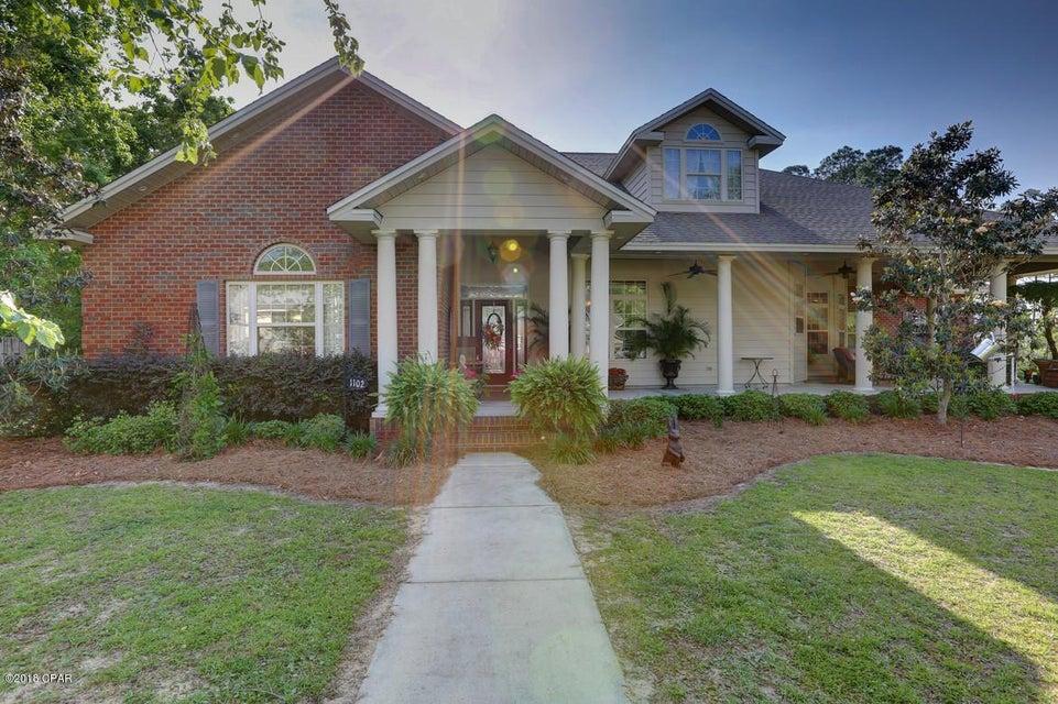 MLS Property 671221 for sale in Lynn Haven