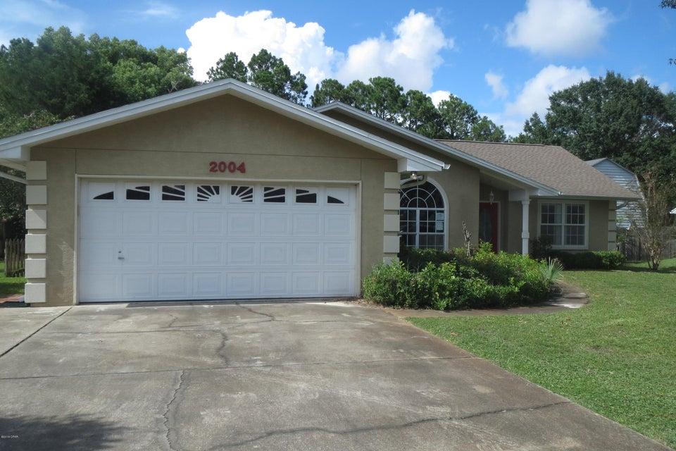 MLS Property 674834 for sale in Lynn Haven