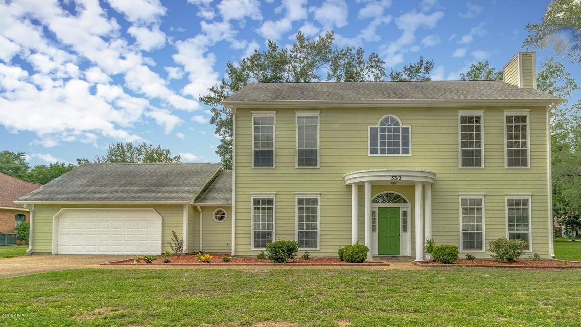 MLS Property 674903 for sale in Lynn Haven