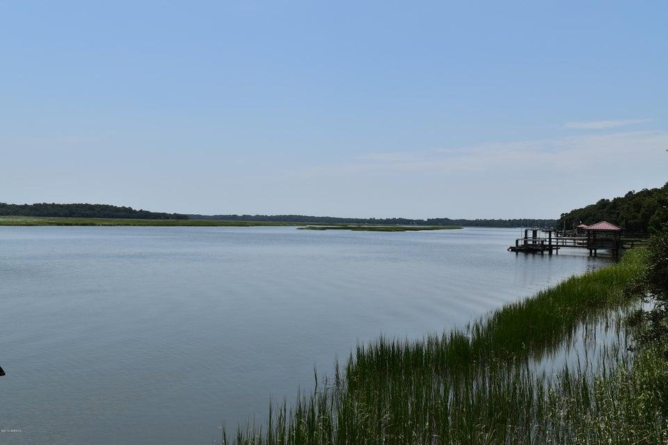 150 Distant Island Drive, Lady's Island, SC 29907