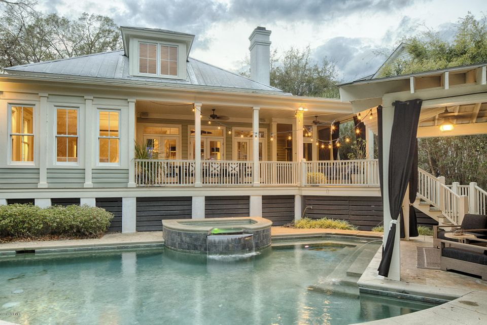 14 Wrights Point Circle, Beaufort, SC 29902