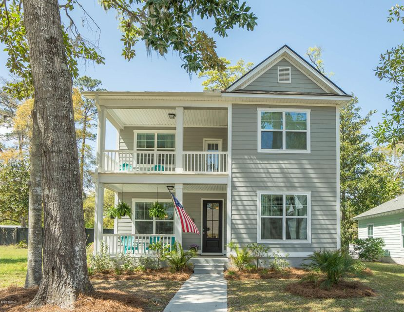 131 Wrights Point Drive, Beaufort, SC 29902