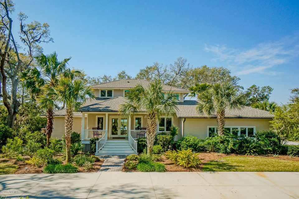 108 Dolphin Point Drive, Beaufort, SC 29907