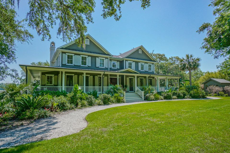 10 Sandy Ridge Road, Beaufort, SC 29902