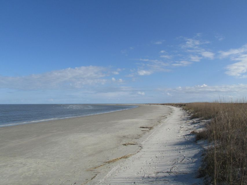 23 Ocean Marsh Lane, Harbor Island, SC 29920