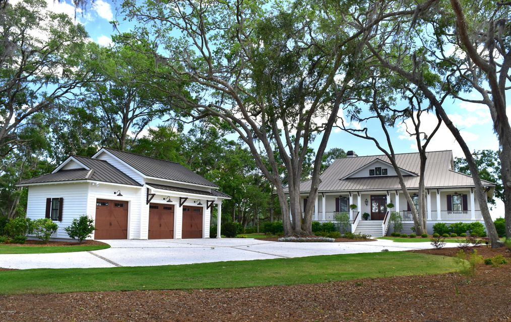 12 Connies Point Drive, Beaufort, SC 29907