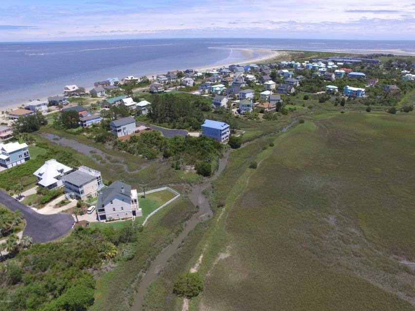 17 Tradewind Lane, Harbor Island, SC 29920