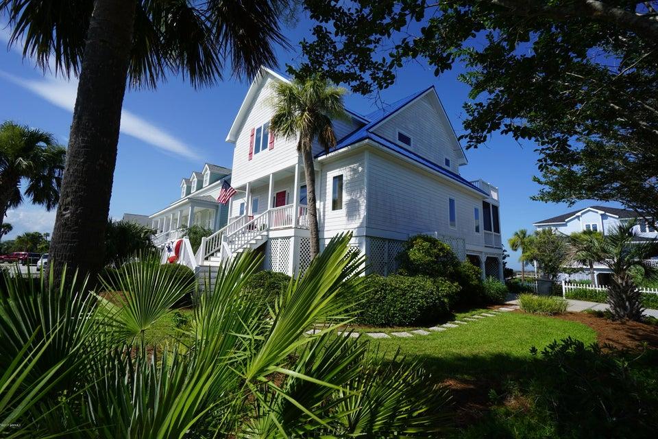 46 N Harbor Drive, Harbor Island, SC 29920