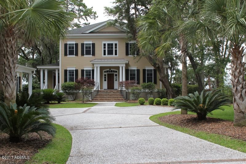 4 Claires Point Road, Beaufort, SC 29907