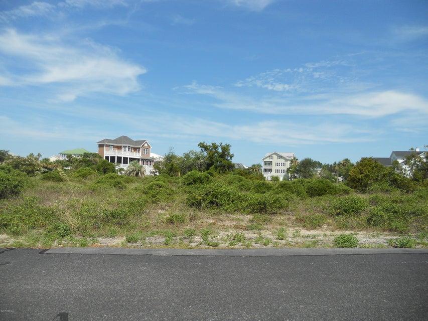 1 Teal Court, Harbor Island, SC 29920
