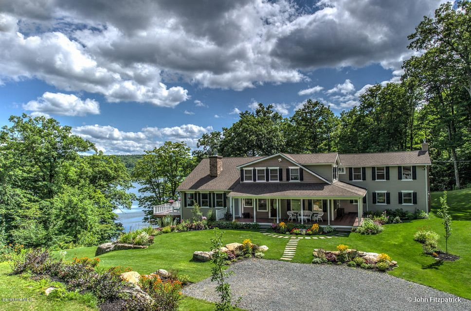 The Berkshires Ma Waterfront Homes Berkshire County Ma
