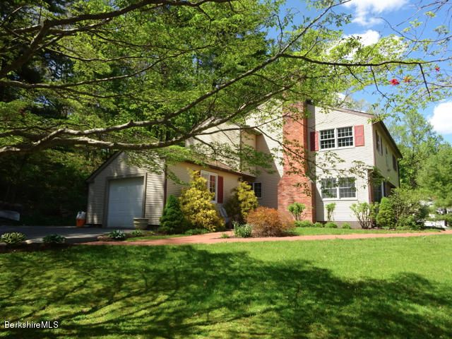 14 Berkshire Heights Rd, Great Barrington, MA - USA (photo 3)