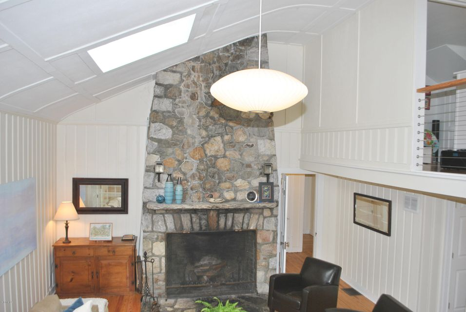 215 Long Pond Rd, Great Barrington, MA - USA (photo 5)
