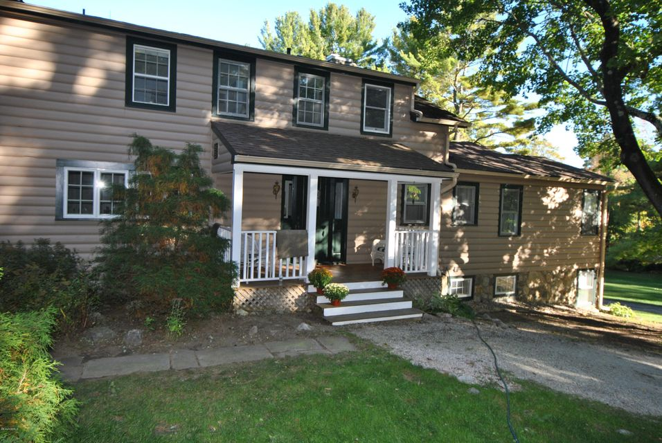 215 Long Pond Rd, Great Barrington, MA - USA (photo 1)
