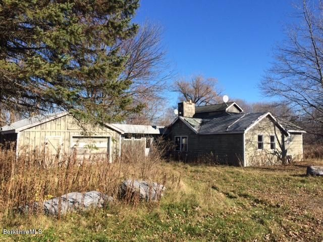 102 State Line, West Stockbridge, MA 01266