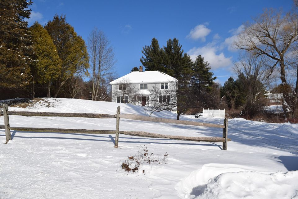 83 Hurlburt Rd, Great Barrington, MA - USA (photo 2)