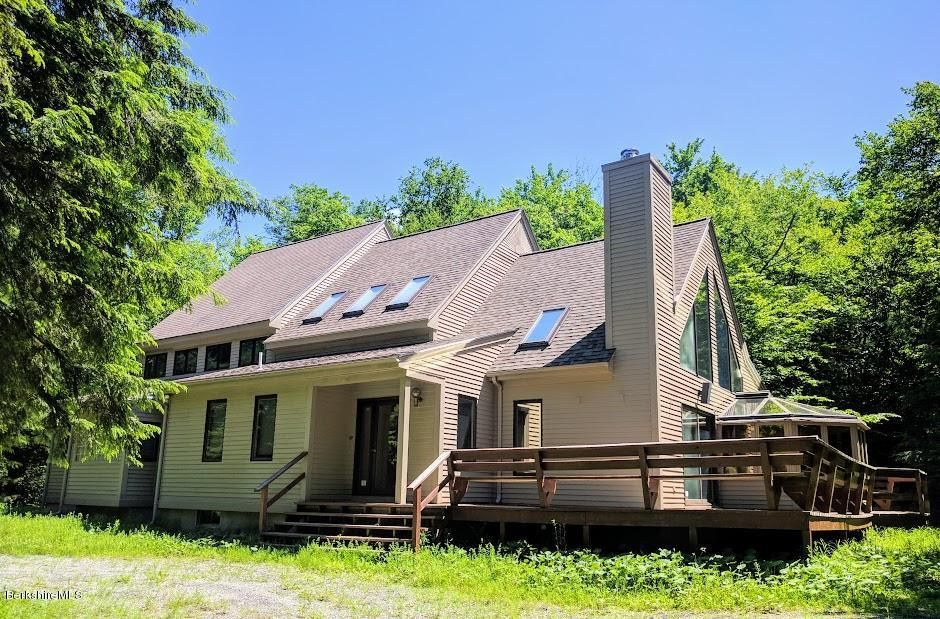 17 Trout, Becket, MA 01223