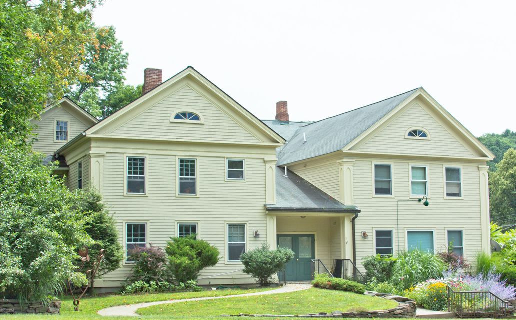 9 South, Stockbridge, MA 01262