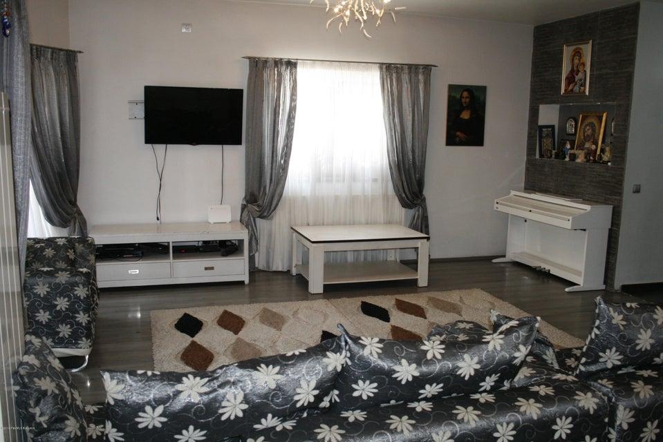 Vanzare Casa 221 m²