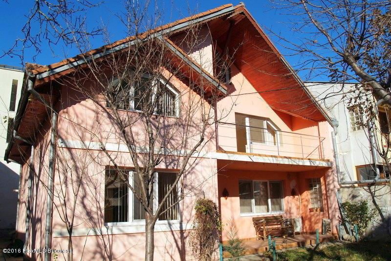 Vanzare Casa 166 m²