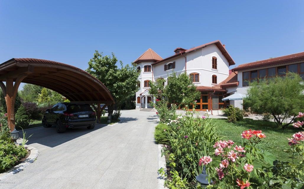 Vanzare Casa 900 m²