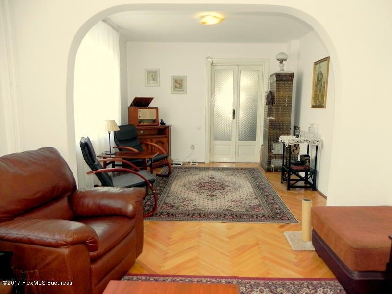 Vanzare Casa 91 m²