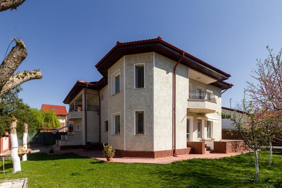 Vanzare Casa 374 m²